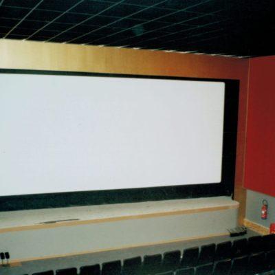Après 6 mois de travaux : le cinéma l'étoile ouvrira sous ce look le 19/12/2003